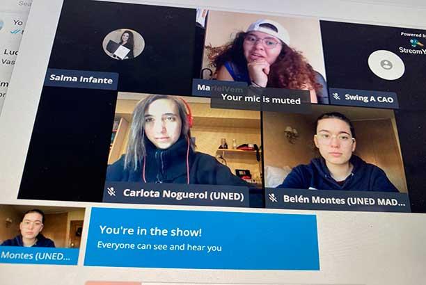 """I Torneo debate Online, """"Mexicano de Mujeres 2020"""", Tres participantes pantalla de ordenador."""